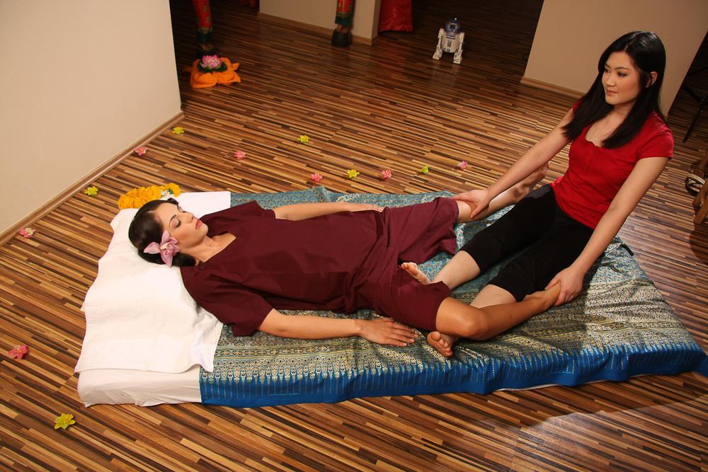 thai  escort lingam massage budapest